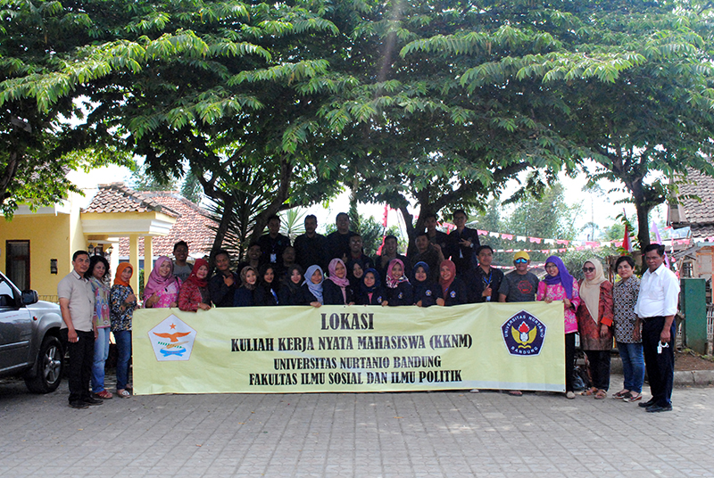 Kuliah Kerja Nyata Mahasiswa (KKNM) FISIP - Universitas ...